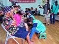 蘭嶼志工為大溪長者及志工做芳香按摩